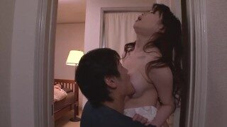 Akari Hoshino schoonzuster