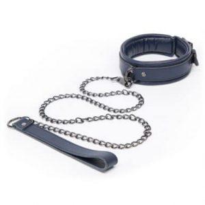 BDSM sex toys hier zie je een halsband met ketting