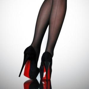 Zwarte schoenen met rode zool