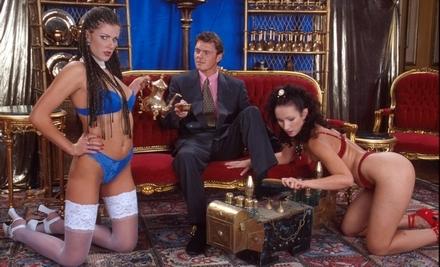 Twee vrouwen een man sex met zijn meerdere mensen