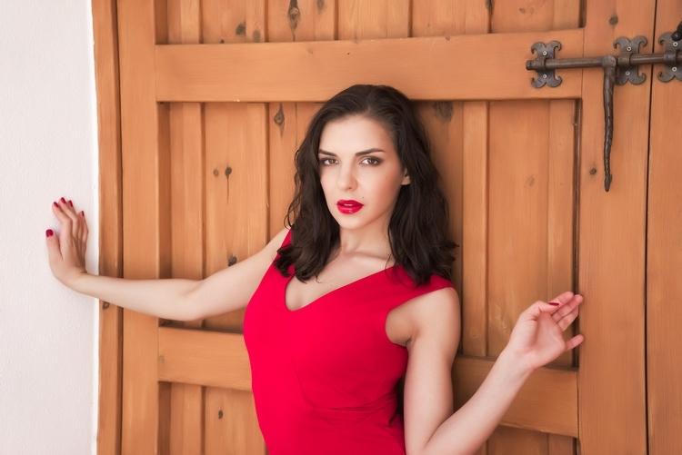 kan die rode jurk ook uit