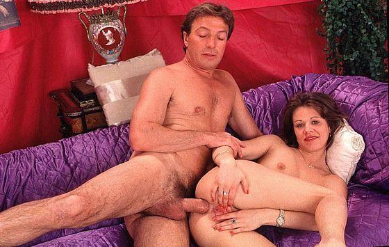 Anale seks is seks waarbij de anus gepenetreerd wordt, door met de penis of.