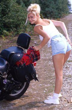 kinky seks is voor tina buitensex op de motor